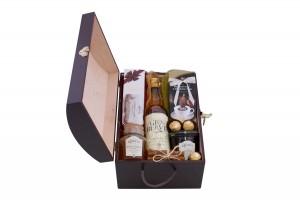Zestaw świąteczny nr 12 Średnia skrzynia z Whisky