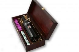 Zestaw świąteczny nr 42A Skrzynka z czerwonym winem