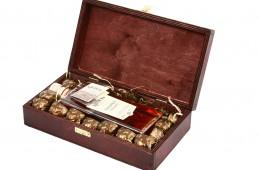 Zestaw świąteczny nr 43A Skrzynka z nalewką wiśniową