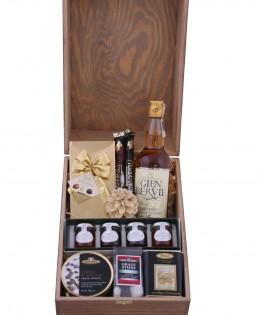 Zestaw świąteczny nr 99 Duża skrzynia z Whisky