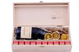 Zestaw świąteczny nr 012014 Skrzynka z czerwonym winem