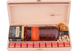Zestaw świąteczny nr 6 Skrzynka z Bourbonem