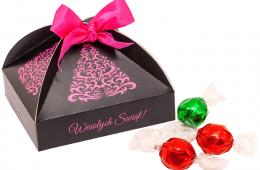 Nr.kat.:21.91 Świąteczny kuferek z pralinami